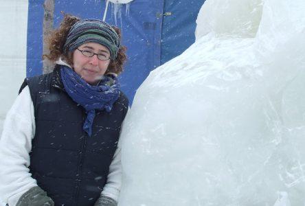 La sculpture sur glace au Festival des Glaces de Saint-Gédéon