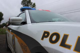 Piéton heurté par une automobile à Desbiens : l'homme dans un état critique