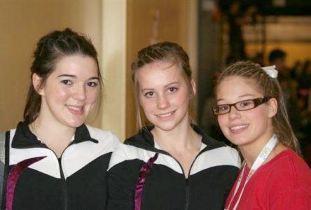 Émilie Larouche et Allyson Gallup améliorent leur classement provincial en gymnastique