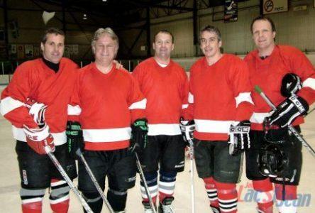La partie de hockey des «Amis de Pierre-Yves»