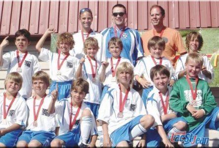 L'équipe U-10 d'Alma rafle le bronze à Beauport