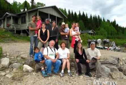 Les Cloutier retournent sur les traces de leur mère, 68 ans plus tard