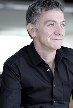 Michel Marc Bouchard sera reçu membre de l'Ordre du Bleuet