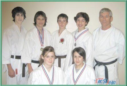 Une récolte de cinq médailles pour les karatékas shotokan d'Alma