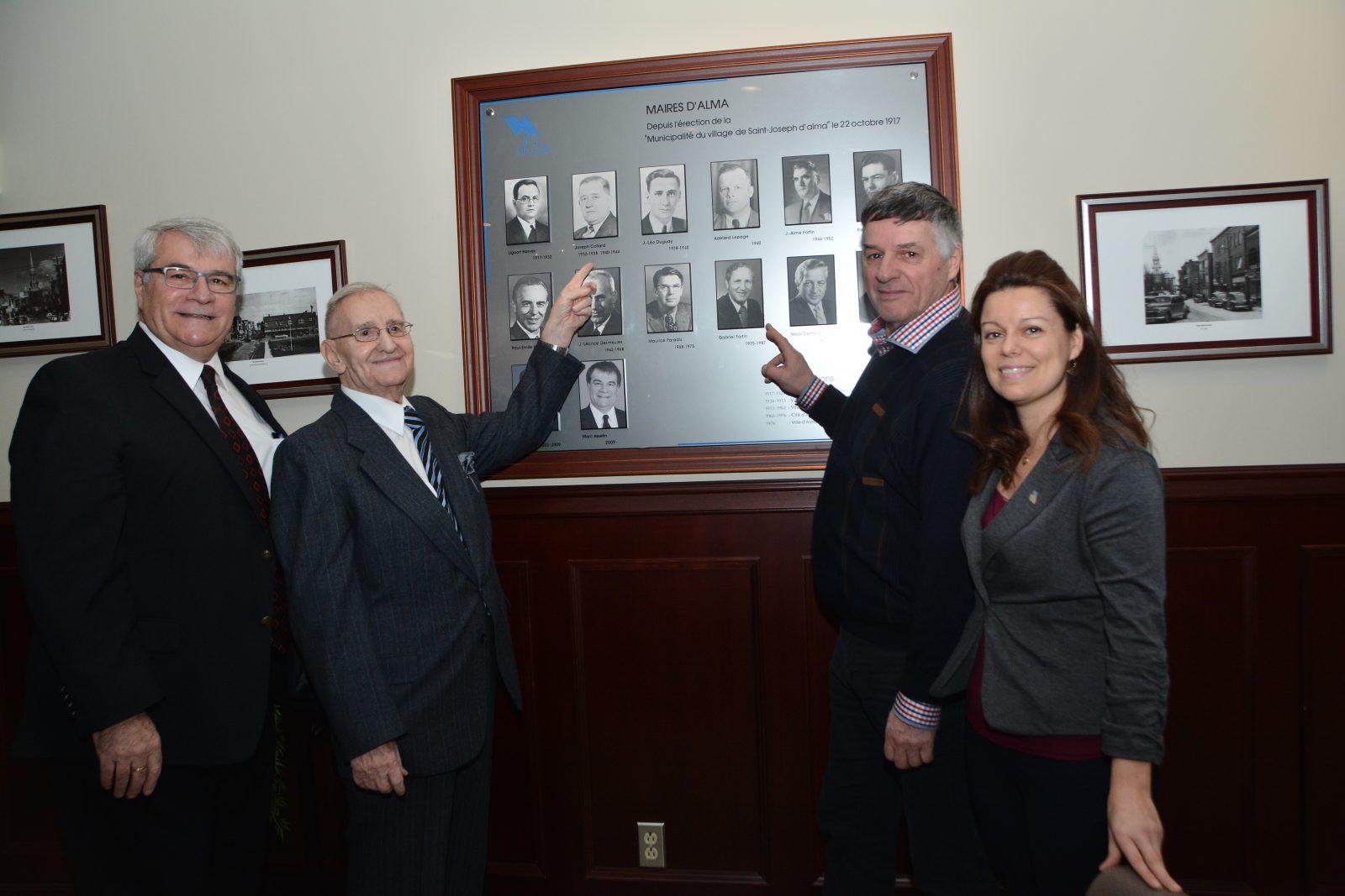 Les anciens maires Joseph Collard et Gabriel Fortin honorés
