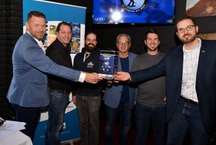 La SFR édition limitée: lancement de la caisse régionale de bières