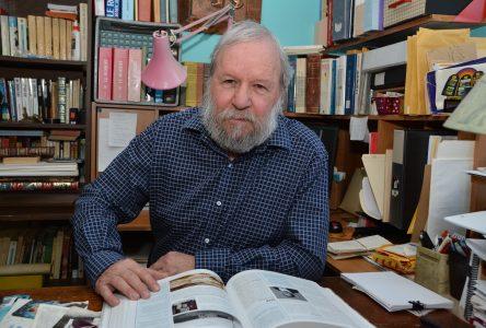 On réimprime 800 copies du livre historique « CHRONIQUE D'ALMA »
