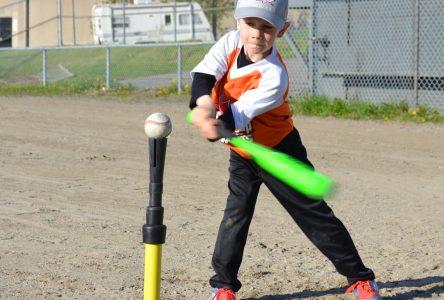 Baseball: Les buts sont remplis à Alma