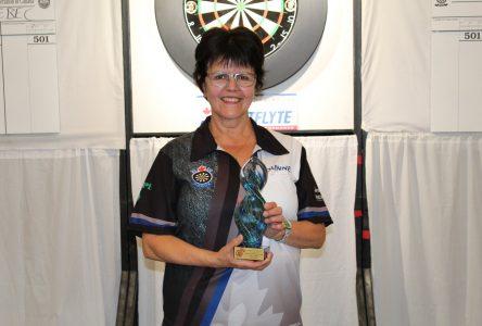 Dards: Diane Gobeil est championne canadienne !