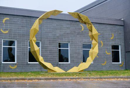 Une œuvre inaugurée au Centre Mario Tremblay