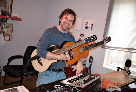 Joël Martel: Le charmant musicien absurde