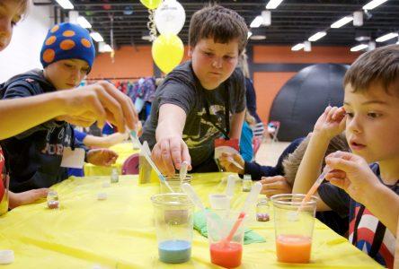 Grande fête des Débrouillards promet d'expérimenter la science dans le plaisir