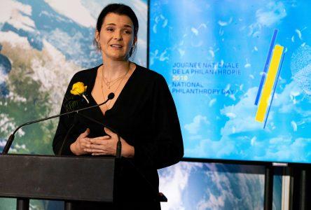 Association des professionnels en philanthropie: Le bénévolat de la photographe Marilyn Bouchard reconnu