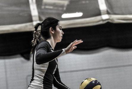 Volleyball collégial féminin: Alma fait bonne figure à son premier tournoi de la saison