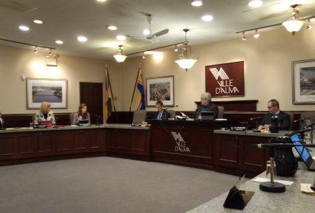 Projet de loi 48: « Une atteinte à l'autonomie municipale », plaide Alma