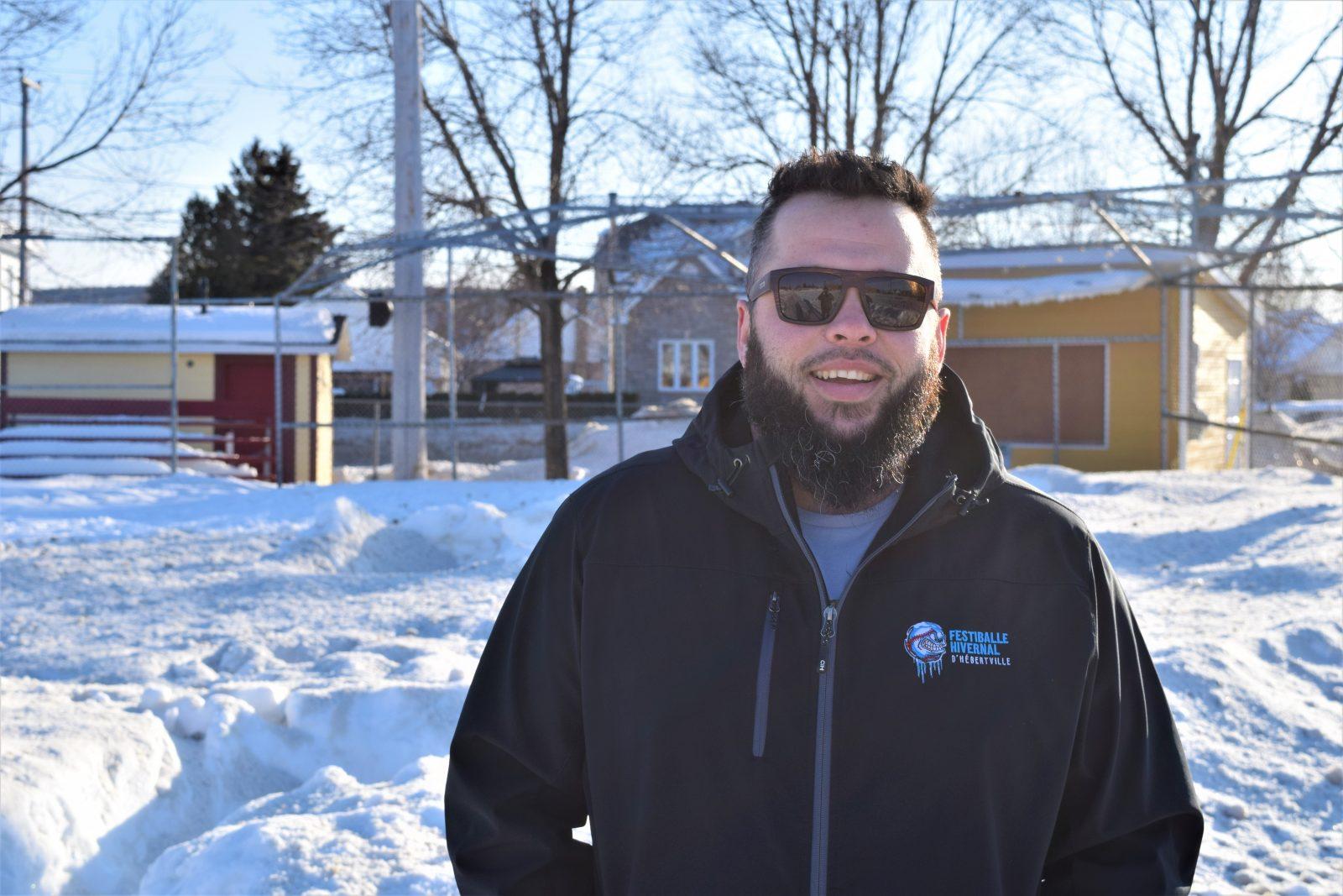 7e édition du Festiballe d'Hébertville : Jouer au baseball dans la neige