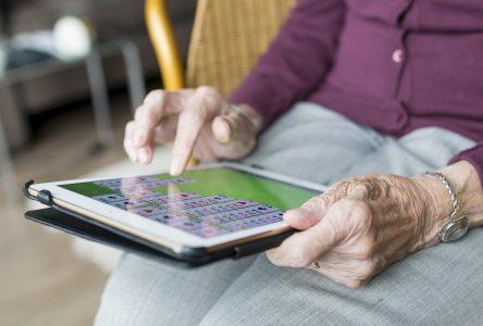 Des iPads pour les aînés en résidences privées et ressources intermédiaires