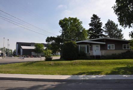 Dissensions au conseil municipal concernant l'achat d'une maison