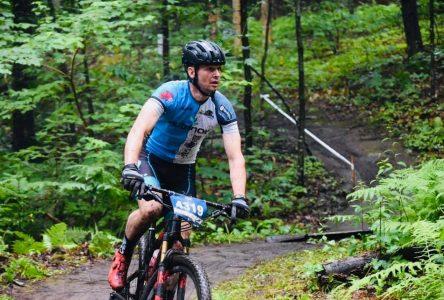 Club de vélo de montagne Cyclone d'Alma: Une compétition de cross-country au Dorval en août