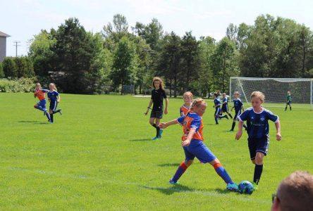 Du soccer extérieur de la mi-septembre à la mi-octobre: Un sondage veut prendre le pouls des jeunes
