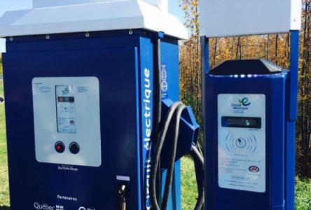 Saint-Gédéon: Deux bornes de recharge d'ici l'automne