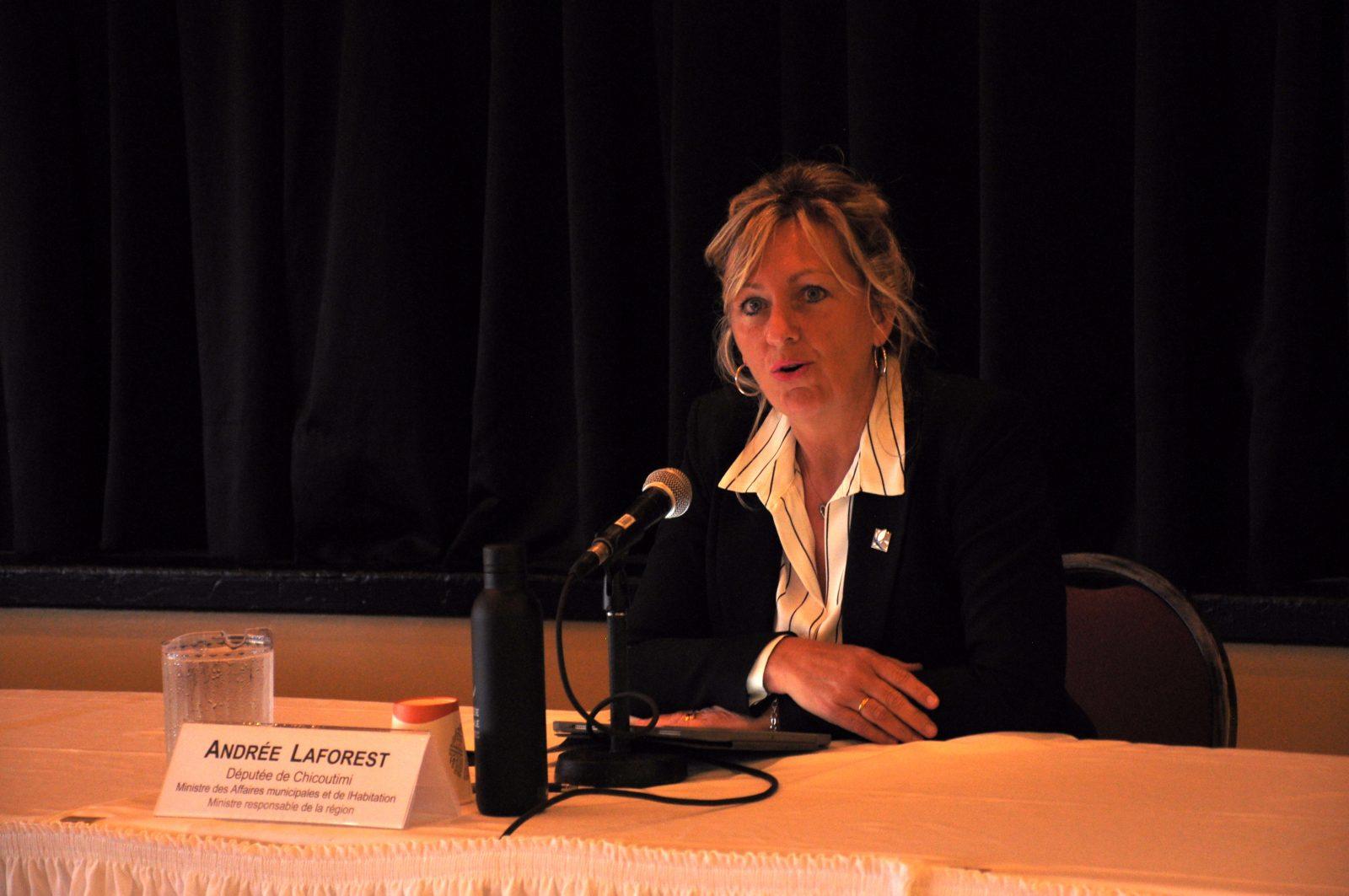 Ressources essentielles : Andrée Laforest met en place un portail web
