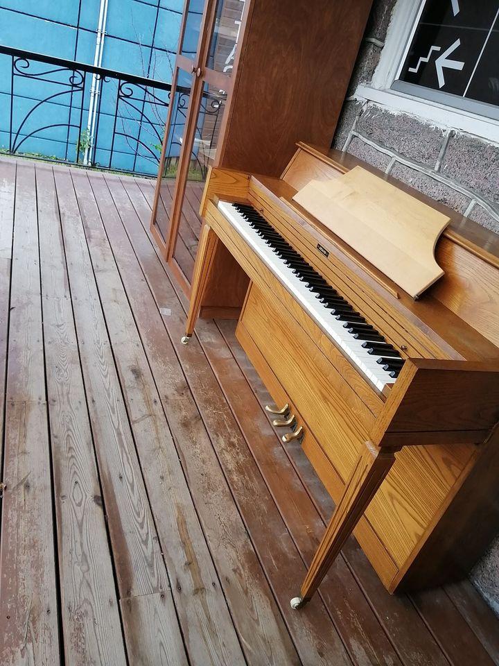 Le Café Communautaire L'Accès se fait voler son banc de piano