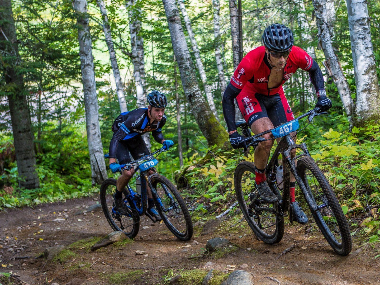 Vélo demontagne: Une saison incroyable au Parc d'une rive à l'autre