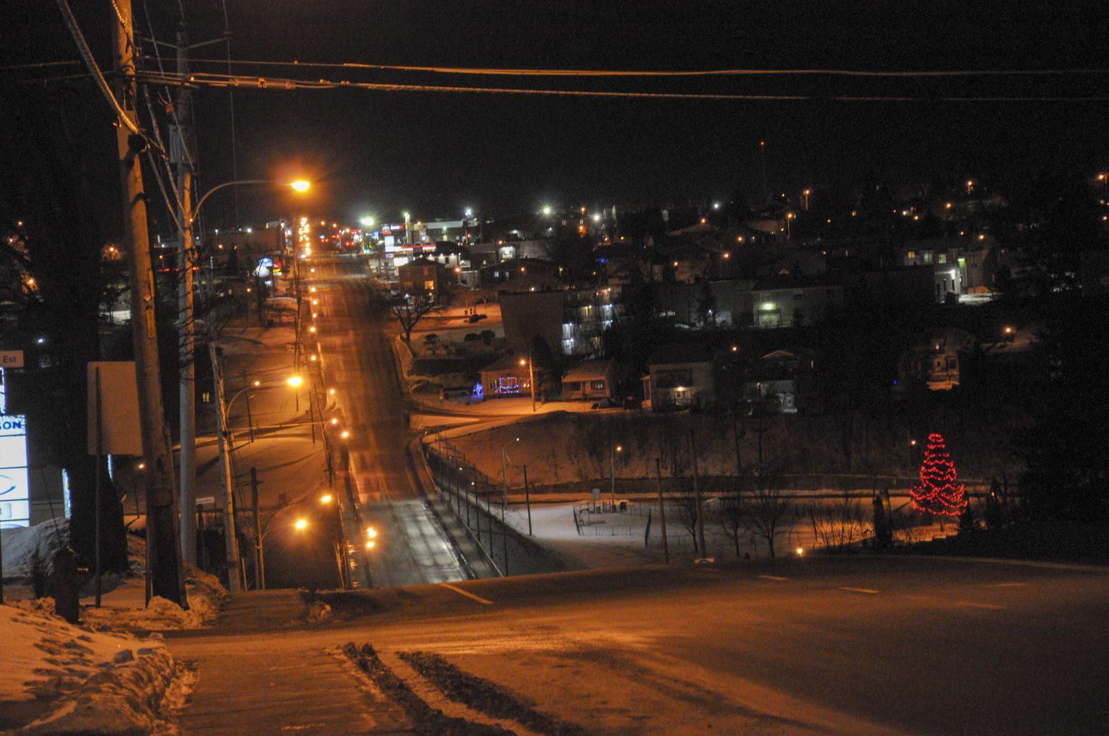 Couvre-feu : Ville d'Alma complètement déserte [PHOTOS]
