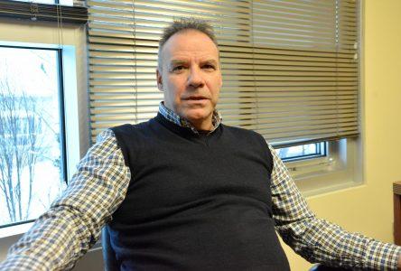 André Paradis accuse Donald Pilote de faire une campagne négative