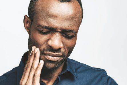 Quelles sont les causes des problèmes d'implants dentaires ?