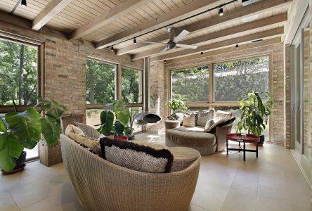 Quel chauffe-terrasse utiliser sur un patio fermé?