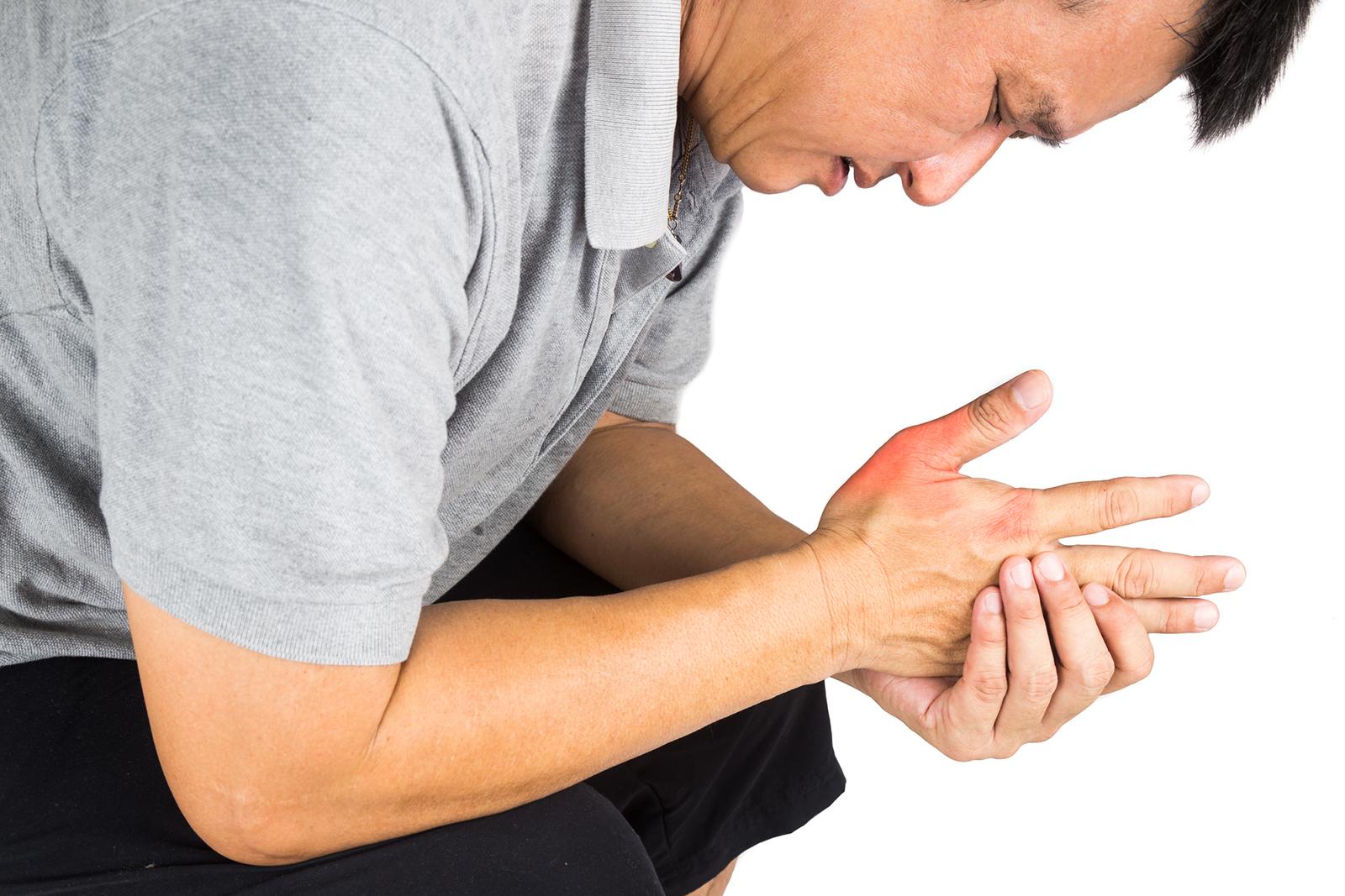 Tout savoir sur les symptômes et traitements reliés au pouce