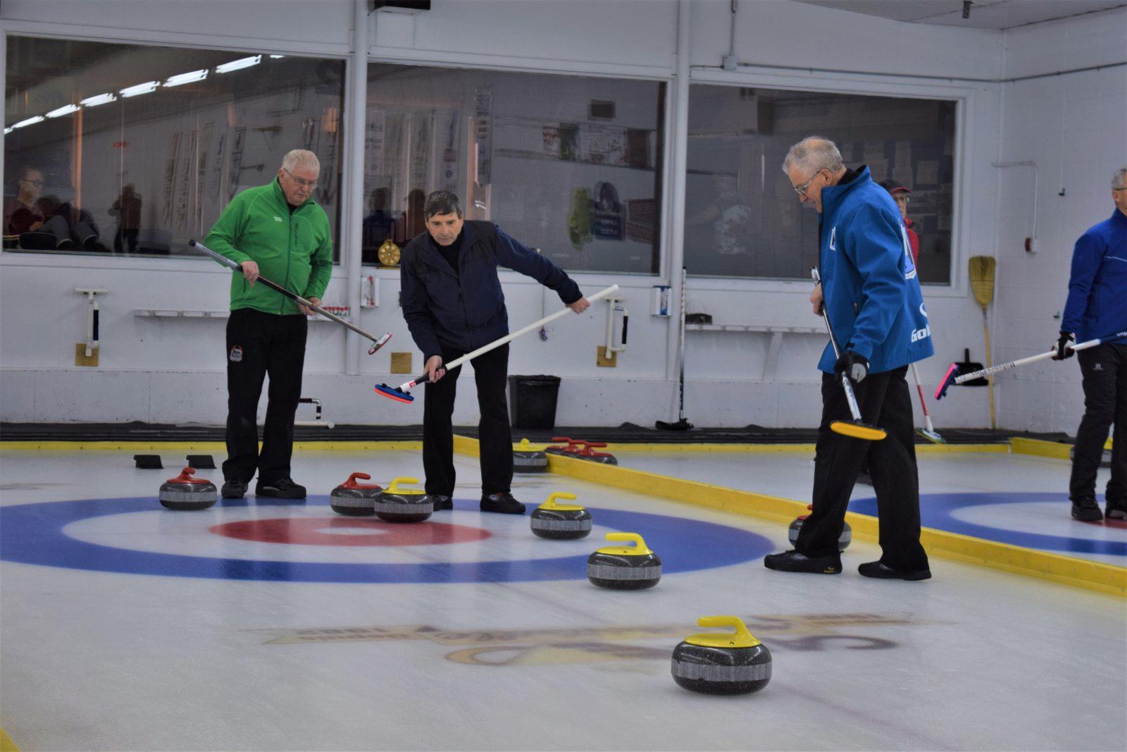 Curling: Le Championnat provincial mixte de passage à Alma